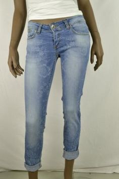 Very nice trendy blue jeans for women (wholesale only), direct from Italy