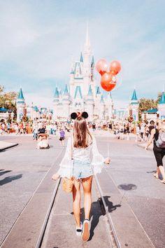 Magic Kingdom | Minnie Style | Disney Outfit Ideas | Disney Shirts | Disney Style | Disneyland Outfits