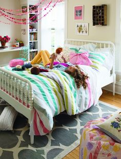 tween girls bedroom. mix of bold & #BedRoom #Bed Room #bedroom decor #bedroom design