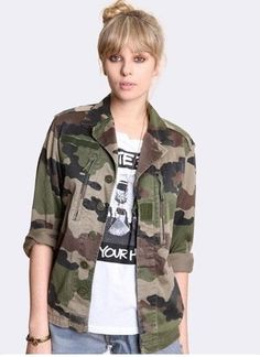 Veste militaire motif camouflage femme