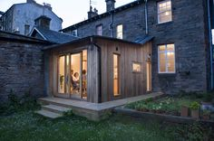 HELEN LUCAS ARCHITECTS is a versatile architectural practice providing bespoke designs to meet the demands of modern living and working. Extension Veranda, House Extension Design, Roof Extension, Extension Ideas, Timber Architecture, Timber Buildings, Timber Cladding, Exterior Cladding, Cladding Ideas