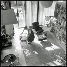 Historical photographs of the #Eames House, which is located in Pacific Palisades, California, provide a wonderful impression of how Charles and Ray Eames lived their life – surrounded by a collage of international folk art, modern furniture design, abstract paintings, toys, patterned textiles and rugs. Their home encapsulated the mid-century modern movement, combining pleasure, colour, personality and charisma with a great sense of humour, playfulness and experimentation.