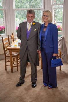 Mother of the Bride trouser suit. Non traditional outfit that looks fabulous.