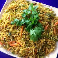 Indian vermicelli - omit ghee for Vegan Noodle Recipes, Pasta Recipes, Vermicelli Recipes, Indian Food Recipes, Ethnic Recipes, Green Chilli, Fresh Coriander, Pasta Noodles