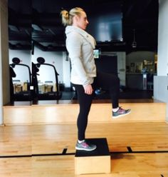 No Equipment Living Room Workout (perfect for those chilly days when you don't want to go to the gym)