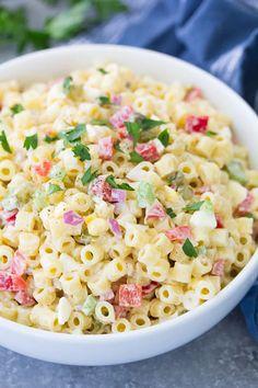 Macaroni Salad Ingredients, Homemade Macaroni Salad, Creamy Macaroni Salad, Classic Macaroni Salad, Best Macaroni Salad, Creamy Pasta, Recipe For Macaroni Salad, Potluck Recipes, Side Dish Recipes