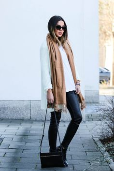 CASUAL LOOK Official Dressed waysify_1-3405
