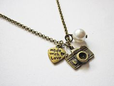 photography necklace - camera necklace - heart jewelry by RobertaValle on Etsy