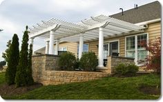 Engineered aluminum reinforced vinyl pergola in many sizes & colors. Standard & custom designs, with a lifetime warranty. Buy online & shade your deck! Wood Pergola Kits, Vinyl Pergola, Metal Pergola, Pergola With Roof, Wooden Pergola, Outdoor Pergola, Backyard Pergola, Pergola Ideas, Patio Ideas