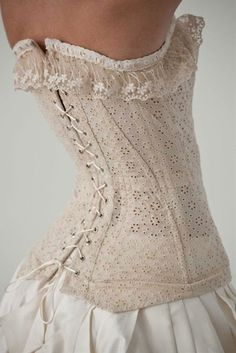 steampunk look: a white lace corset