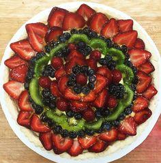 Fresh #fruit tart - the perfect summer dessert! #HudsonValley #desserts #catering #togo #takeout #yum #yummy