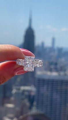 Big Wedding Rings, Pink Diamond Wedding Rings, Diamond Rings, Wedding Bands, Dream Wedding, Cute Engagement Rings, Most Beautiful Engagement Rings, Pink Diamond Engagement Ring, Luxury Engagement Rings