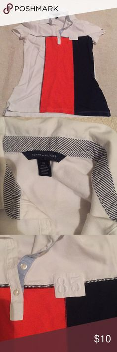 Tommy Hilfiger Size small looks like new!! Comfy 💥 Tommy Hilfiger Tops