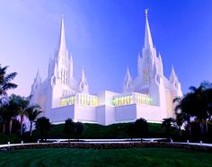 San Diego County, California, United States, North America: Mormon temple, La Jolla