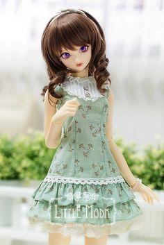 Little Moda (Source: Flickr / turbow) -- Love her dress!