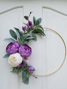Modern Wreath for Nursery, Gift for Mom, Purple hoop Wreath , Minimalist Wreath, Floral Wreath Diy Spring Wreath, Diy Wreath, Christmas Mesh Wreaths, Ribbon Wreaths, Yarn Wreaths, Winter Wreaths, Floral Wreaths, Burlap Wreaths, Faux Flowers