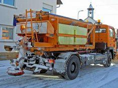 In dit lesidee ontdek je de werking van strooizout. Winter Road, Bavaria, Cincinnati, Pickles, Salt, Trucks, Vehicles, Roads, Wire Mesh