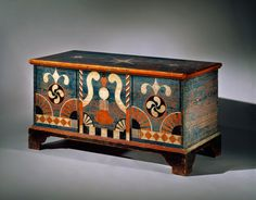 Fylfot, Blanket Chest by Johannes Spitler, Shenandoah County, Virginia,