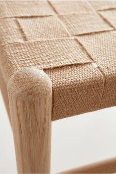 Furniture Makeover, Diy Furniture, Furniture Design, Yoga Bedroom, Bedroom Decor, Rustic Home Design, Decor Interior Design, Diy Daybed, Diy Stool