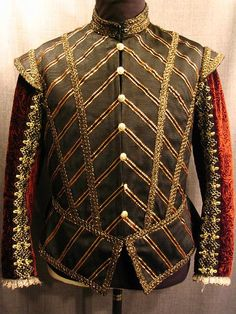 The patterns in these garments correlate to the architecture used in the Renaissance. Renaissance Mode, Renaissance Costume, Medieval Costume, Renaissance Clothing, Renaissance Fashion, Elizabethan Costume, Elizabethan Fashion, Tudor Costumes, Period Costumes