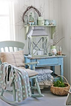 A Shabby Chic Living Room – Decorating On a Budget – Shabby Chic Talk Shabby Chic Living Room, Shabby Chic Homes, Shabby Chic Furniture, Shabby Chic Decor, Living Room Decor, Furniture Vintage, Wood Furniture, Estilo Tropical, Vibeke Design