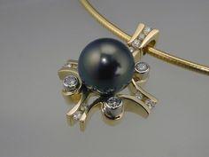 Large Tahitian Pearl, 18 Karat Gold, Diamonds!
