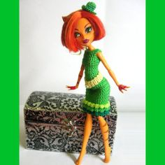 Knitting Patterns For Monster High Dolls : Crochet - Monster High Doll on Pinterest Monster High, Doll Dresses and Doll