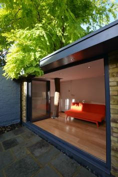 In possibly the only building of its kind in the UK, Sika Sarnafil single ply membrane has been used to waterproof a garden room with a live tree growing through it.