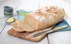 Surdeigsbrød trenger ikke være komplisert å lage i det hele tatt - med bakeklar surdeig forenkles prosessen - se vår oppskrift på surdeigsbrødet. Bread, Baking, Recipes, Food, Brot, Bakken, Recipies, Essen, Meals