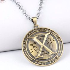 Get this X-Men Logo Shield Pendant Necklace and let the world know you're a X-men fan! Make a gift for yourself or your friend, everyone will be happy to have it. Pendant diameter : 5cm Chain length :