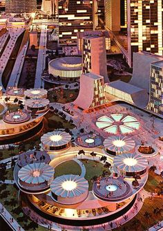 Futurama II exhibit at the New York World's Fair in 1964. Can I just time travel to see this please!?