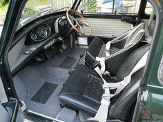 Austin Mini Cooper S Mk1 1965 Speedwell dash , Les Leston wheel .