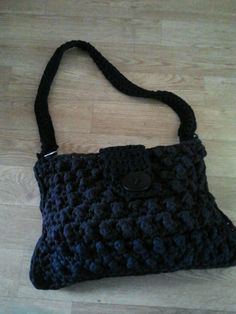 knotted bag made by Janneke (via FB)