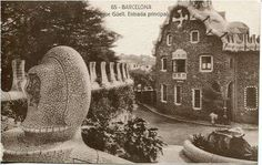 Foto: Joan Vidal (Fotos antiguas de Barcelona) Parc Guell, Barcelona, A Hundred Years, Park, Painting, Vintage, Front Entrances, Antique Photos, Black And White