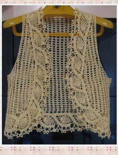 Fabulous Crochet a Little Black Crochet Dress Ideas. Georgeous Crochet a Little Black Crochet Dress Ideas. Débardeurs Au Crochet, Crochet Scrubbies, Crochet Stitches, Crochet Patterns, Crochet Tops, Crochet Jacket, Crochet Poncho, Crochet Cardigan, Bolero Crochet