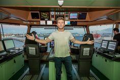 Genova, un rimorchiatore diventa il set del film con il figlio di Eastwood