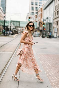 HelloFashionBlog: Florals for spring. The perfect flowy dresses for spring and Easter Sunday