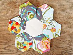 Hexagon Flower Assembly Tutorial...
