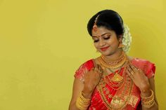 Bridal Silk Saree, Saree Wedding, Silk Sarees, Wedding Bride, Kerala Bride, South Indian Bride, Indian Bridal, Bridal Jewelry, Gold Jewelry