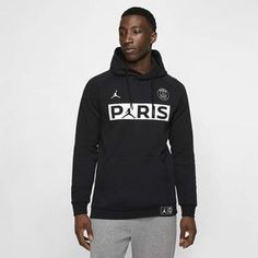 Check out our full selection of PSG football clothing, including this Men's Nike Paris Saint Germain x Jordan Fleece Pull Over. Nike Fleece, Mens Fleece, Nike Design, Outfit Essentials, Nike Paris Saint Germain, Nike Sweatshirts Hoodie, Nike Sportswear, Cowls, Tejidos