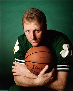 Larry Bird for his book jacket in Walter Iooss ( Girls Basketball Shoes, Sports Basketball, College Basketball, Si Cover, Coach Of The Year, Look Street Style, Boston Sports, Magic Johnson, Book Jacket