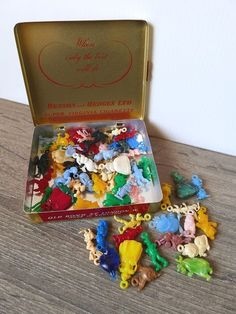 Old tin with 60 RARE 1960's Walt Disney Charms!! by VintageToysForAll on Etsy Pecos Bill, Mr Toad, Walt Disney Characters, Disney Charms, Star Cards, Chip And Dale, Three Little Pigs, Daisy Duck, Little Twin Stars
