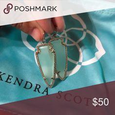 Kendra Scott Skylar earrings in Chalcedony Mint condition comes in dust bag Kendra Scott Jewelry Earrings