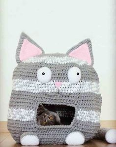 DIY Crochet Cat House Pattern
