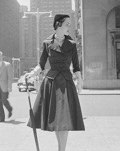 City fashions, photo by Nina Leen, 1951