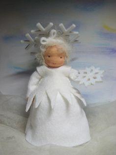 Jahreszeitentisch - Schneeflöckchen ***RESERVIERT für Elisabeth**** - ein Designerstück von Blumenkinder-Unikate bei DaWanda