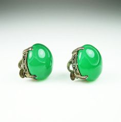 Edwardian Art Deco Emerald Green Chrysoprase Silver Filigree Earrings