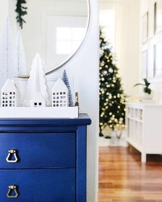 Easy blue and white