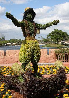 Aladdin Topiary