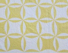 Gorgeous! dated 1920 Antique Yellow & White QUILT Robbing Peter Pay Paul www.Vintageblessings.com